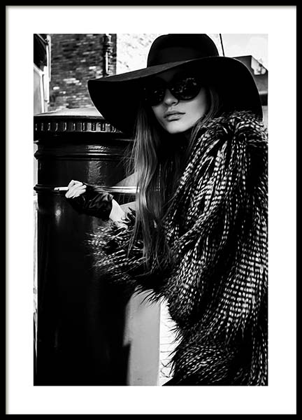 Lady In The Hat Poster in the group Prints / Photographs at Desenio AB (10163)