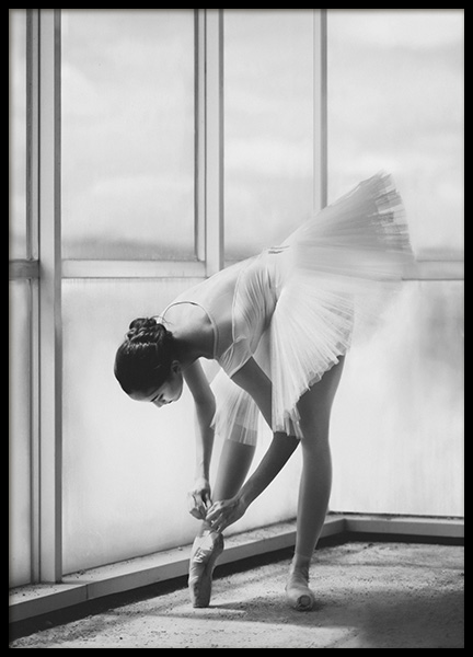 Ballerina Preparation Poster in the group Prints / Photographs at Desenio AB (10695)