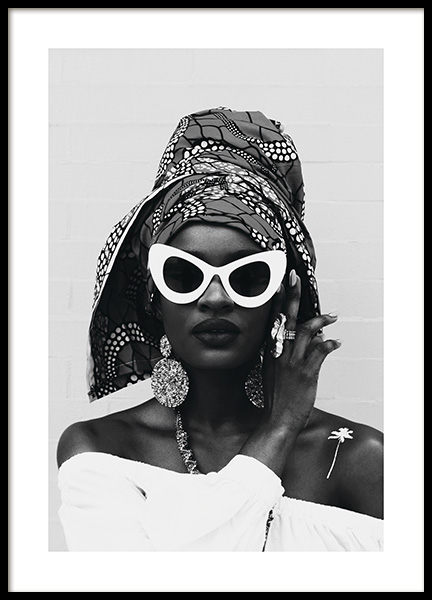White Sunglasses Poster in the group Prints / Black & white at Desenio AB (11143)