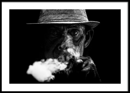Old Man Smoking Poster in the group Prints / Photographs at Desenio AB (11489)