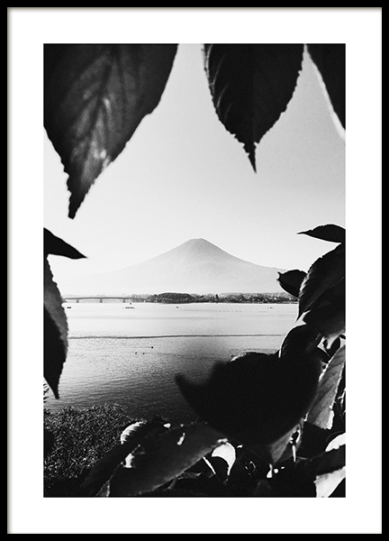 Mount Fuji B&W Poster in the group Prints / Nature prints / Mountains at Desenio AB (13638)