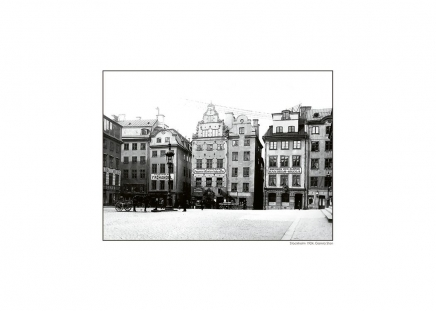 Prints with black and white pictures in frames, cheap photo art online