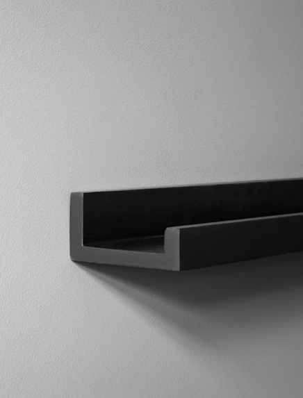 Black picture ledge 70cm - 28in in the group Accessories / Picture ledge at Desenio AB (AAS50125)