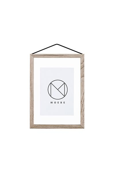 Moebe frame A5 oak in the group Picture frames / Moebe frames at Desenio AB (FOUA5BO)