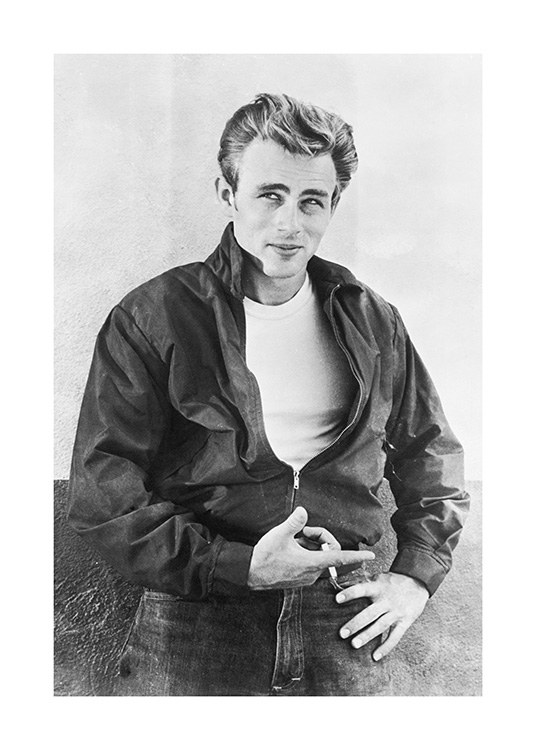 James Dean Poster / Black & white at Desenio AB (11965)