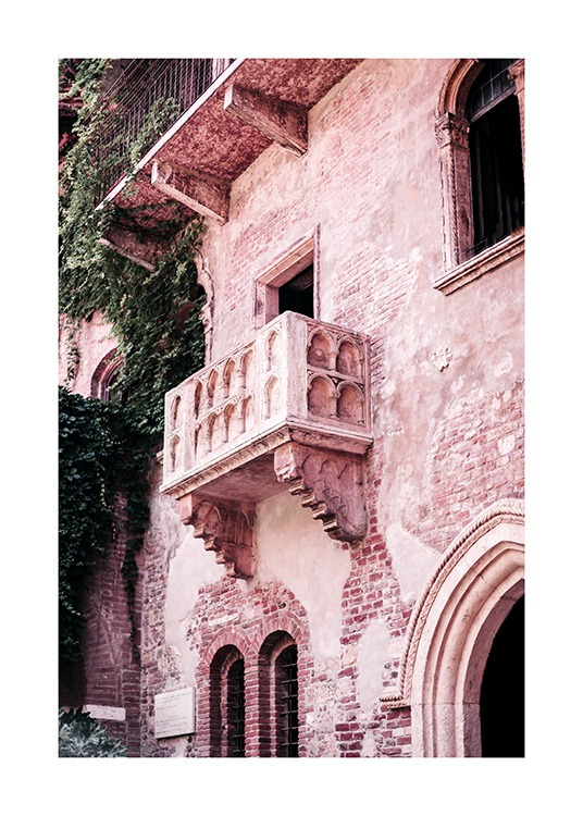 Photograph of balcony in Verona, Italy, from Romeo & Juliet