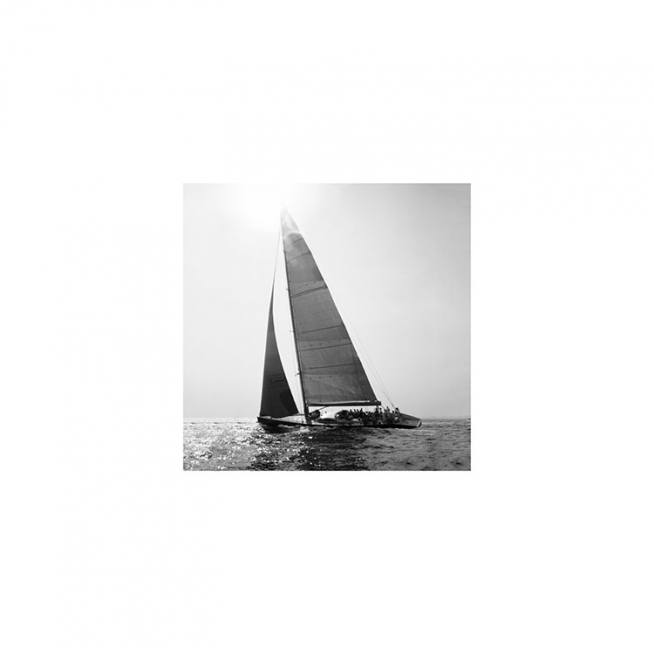 Sailboat Poster / Black & white at Desenio AB (8909)