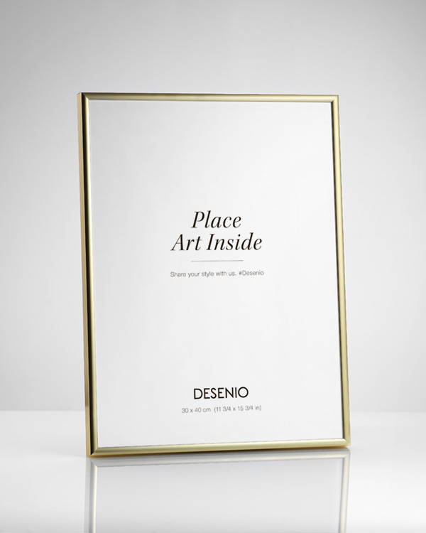 - Gold metal frame fitting prints in 40x50