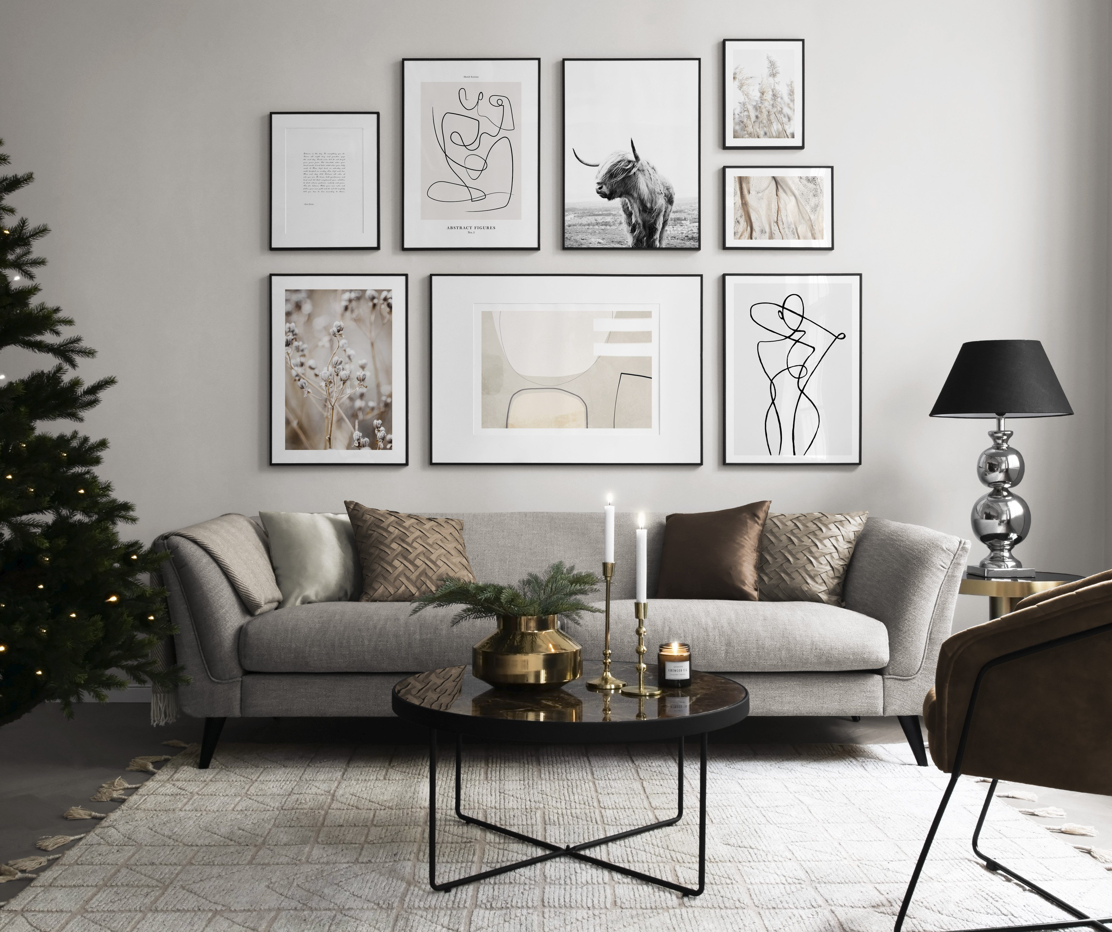 Gallery wall in living room with Christmas feel